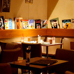 Le Cafe RETRO - 置いてある雑誌も素敵♪センスいいですよね!