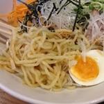 いちがい屋 - 広島では珍しい太麺