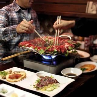 シェフこだわりのエゾシカ料理やお酒♪エゾシカ肉をメインにした洋風居酒屋。