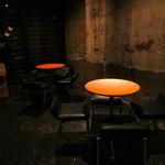 コモングラウンド - テーブル席もあります