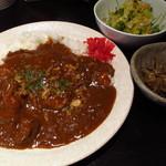 Dai - 馬肉カレー (並) ¥650 大盛り無料、コクもシッカリあります!!