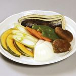 焼肉&酒食楽 凪 - 野菜盛合せ