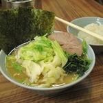 武蔵家 - キャベツラーメン(並) 700円 + 無料ライス  2013.06