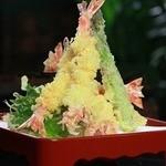 苦楽園 天がゆ - 料理写真:旬の素材を一品ずつ揚げたてをお楽しみください。