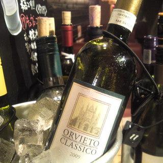 世界70種類のワインをご用意!