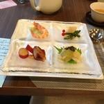chuugokuryouritouri - 中華前菜盛り合わせ