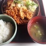 うなぎの日高 - 500円バイキングの味噌汁と御飯