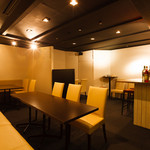 ルナビアンカ - 小さなお店を貸切使用したような落ち着きがある個室「黒部屋」