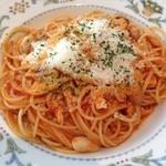 エノテーカ  イプリミ ギンザ - 鶏と豆のトマトソース スパゲッティ