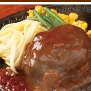 国産牛100%手ごねハンバーグや和牛ステーキなど、美味しい牛肉を使ったお料理をご堪能下さいませ。