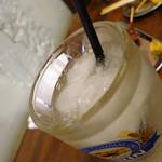 寺嶋屋 - レモンサワー こちらも焼酎がシャーベット!まだ溶けていないのだ!