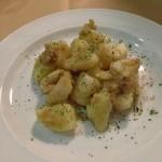 ピアチェーレ - じゃがいもと長芋のアンチョビバター