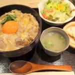 19762369 - 【再訪問2013年6月】東京軍鶏の親子丼1400円!