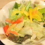 19762387 - 【再訪問2013年6月】梅ドレッシングのサラダ!