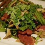 びるまの竪琴 - ベーコンと香味野菜炒め