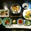 花紋 - 料理写真:釜飯セット 3000円 釜飯単品800円 釜飯定食1000円 (注 予約要)