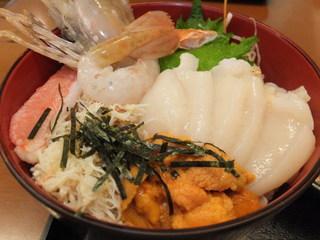 にっかい - 選べる海鮮丼 4色丼 うに入り2300円 うに・かに・活ほたて・ボタンエビ 【 2013年6月 】