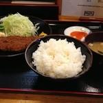 19768580 - ロースカツ定食