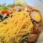 サンチン - 締まった麺が美味しい!