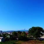 19769085 - 屋上から鳥海山を