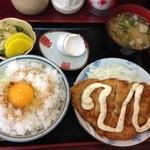 柏木亭 - ある日のチキン南蛮定食(ご飯掛け卵は特別)