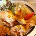 マゴコロ - から揚げ定食