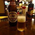 やきとり炭家 - 瓶ビール 500円