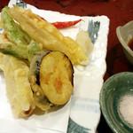 朝日屋 - 野菜天ぷら盛り合わせ