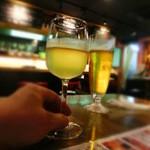 19774700 - 最初はグラスワインを。¥480のトレッビアーノだ