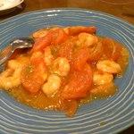 千太 - 料理写真:小エビとトマトの炒め