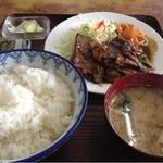 19779918 - 牛焼定食1260円