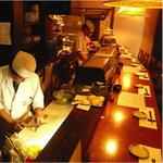 日本料理 鞆膳 - 一流の料理人がプロの料理をご提供します。瀬戸の旬の海鮮料理をどうぞ。