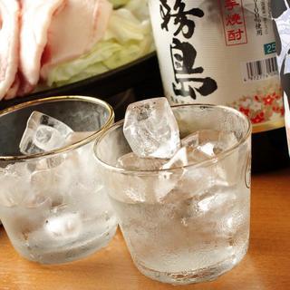 日本各地の焼酎を厳選して取り揃え!