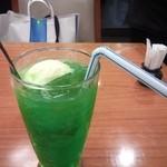 お好み食堂 蘭 - クリームソーダ(\300)