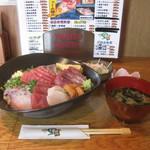 19789153 - 海鮮一里塚丼 <酢飯・大盛り> (1480¥+200)