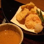 19789292 - 湯葉真薯と海老の天ぷら