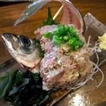 居酒屋ほんま - アジのたたき(490円)