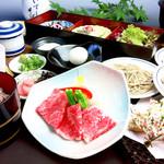 出石 城山ガーデン - 【要予約】『但馬牛 色彩膳 3,500円』です。但馬牛と天ぷらが絶品です。