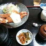 19813168 - 海老フライ定食 ¥1400