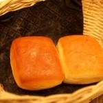 トラットリア・アルモ - フルニエさんのパン