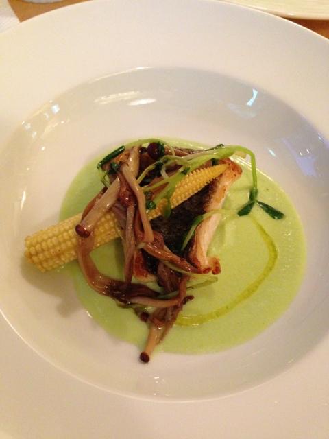 ボーノミイナ - コース④魚料理;スズキのソテー 茶豆のスープ仕立て