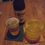 ティダ カジ カフェ - オリオンビール、泡盛マンゴーのソーダ割