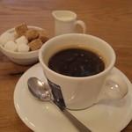 ポワンタージュ - スープ&キッシュプレートのコーヒー