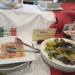 レイクサイドホテル久山 レストラン 湖翠 - サーモンのマリネ・鮮魚のカルパッチョ
