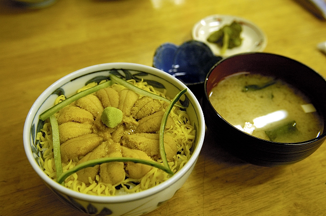 市場亭 - ウニ丼