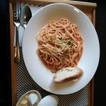 カフェ リエッコ - カニのトマトクリームパスタ