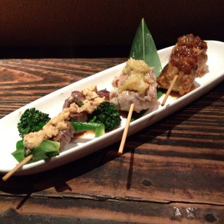 他では食べられないこだわりの『野菜肉巻き串』