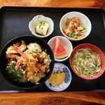 大八うどん - 料理写真:天丼とミニうどんのセット