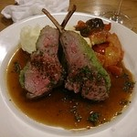 ラ ペッシュ - 仔羊のロースト、パセリ風味