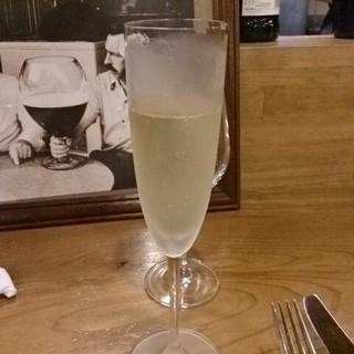 ラ ペッシュ - ドリンク写真:シャンペン